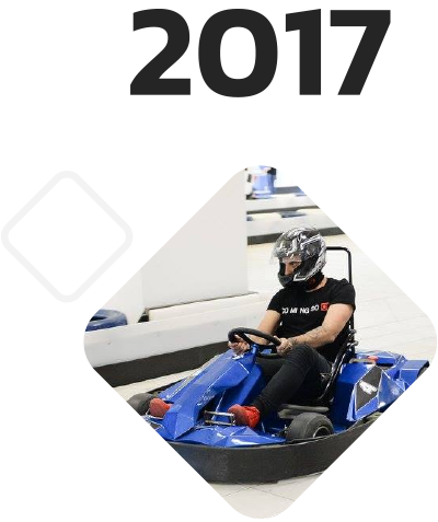 Electric go-karts blue shock race 2017
